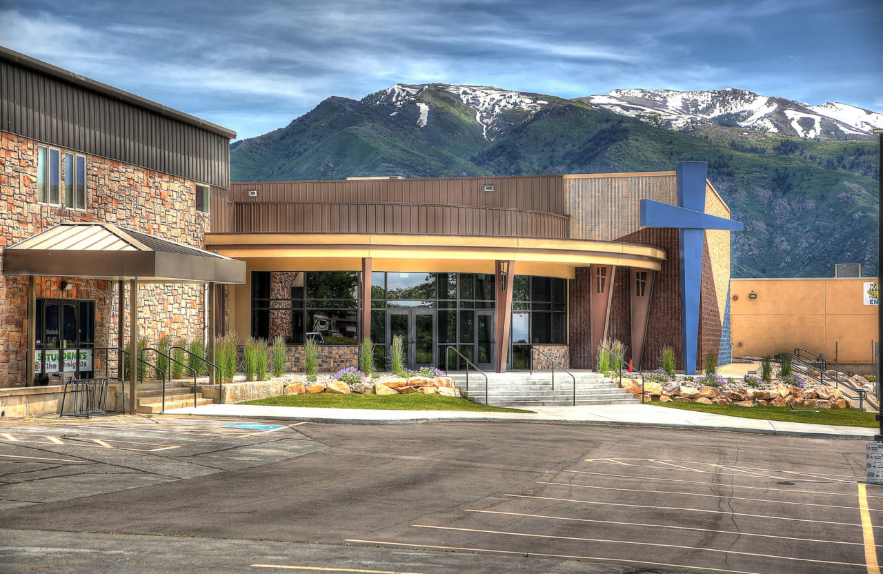 Washington Heights Church, Ogden, Utah, finished construction, church rounded entrances, church storefront entrances, modern christian crosses